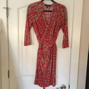 Nine West red & tan wrap dress size 8